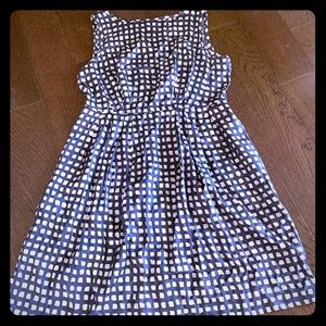 Sleeveless Banana Republic dress/checkered pattern